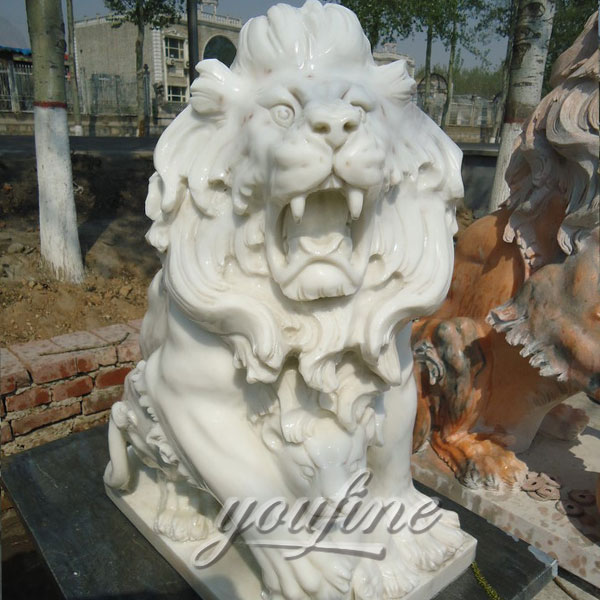 Outdoor stone white roaring lion statues with wolf statues for front porch