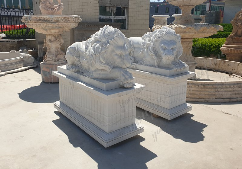 Life Size White Marble Lion Statue for Front Porch Details